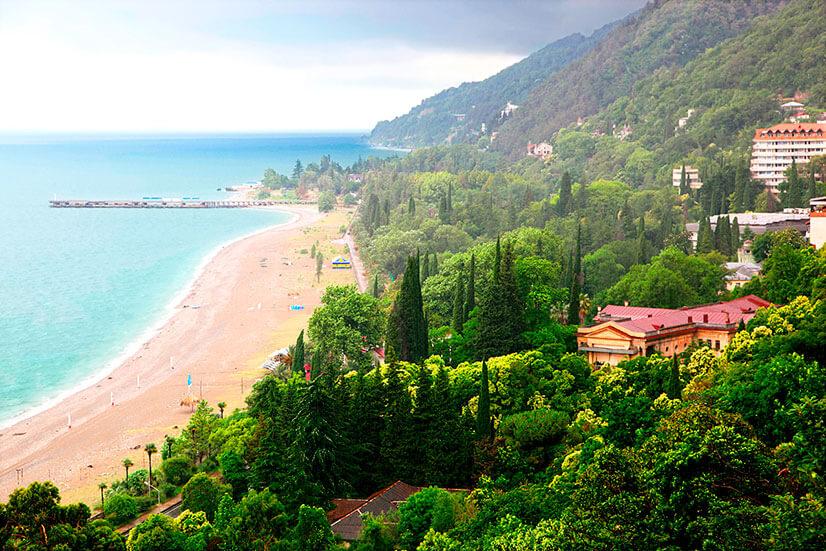 Отдых в Абхазии: обзор курортов и цен
