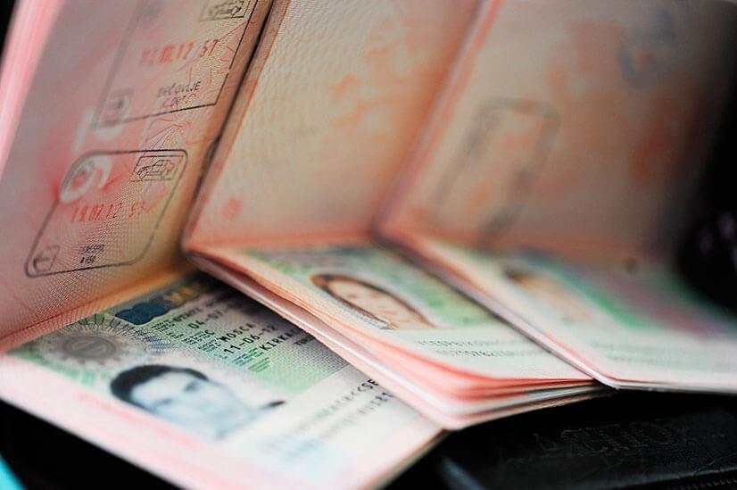 Где можно получить визу в Латвию?