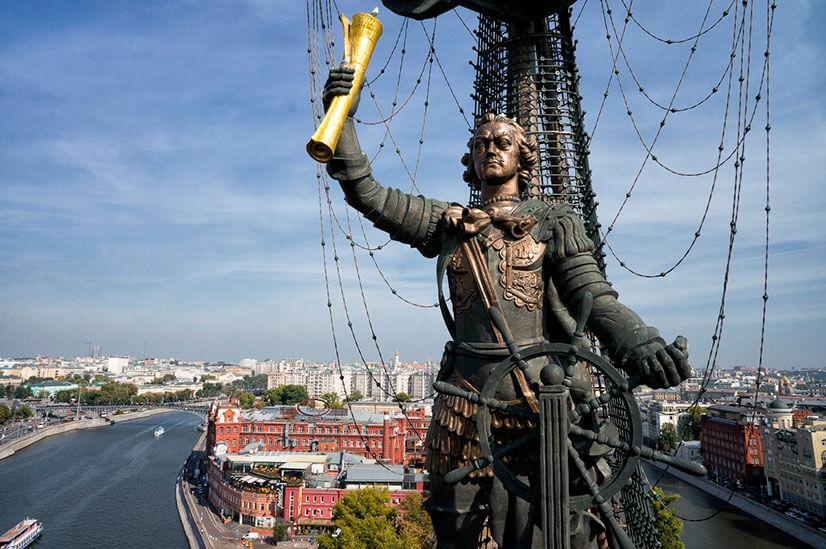 Памятник Петр 1 в Москве: история создания и реакция критиков