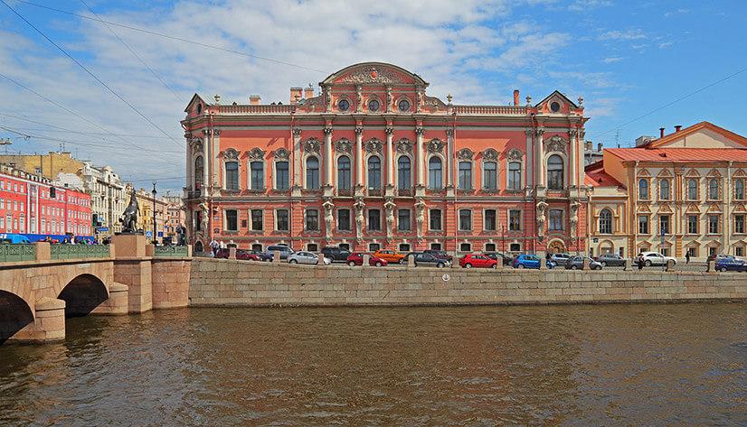 Дворец Белосельских-Белозерских в Питере: история и современность